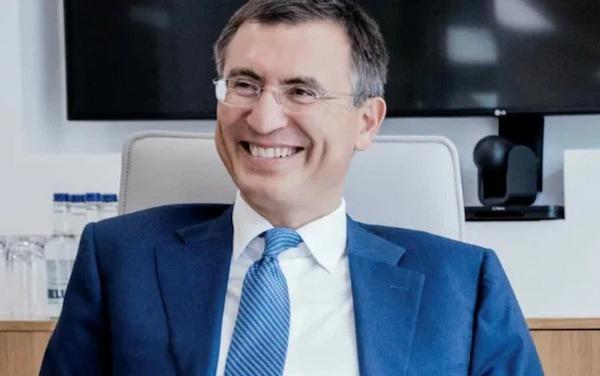 Anthony Hohn: Kiếm bộn tiền từ khủng hoảng doanh nghiệp thế nào?