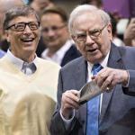 Bill Gates và Warren Buffet: Sự giàu có không tích lũy bằng cách bận rộn