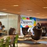 """Di sản của """"tỷ phú bán giày"""" Tony Hsieh: Văn hoá doanh nghiệp của đế chế Zappos"""