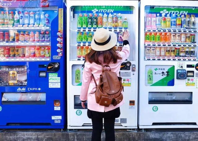 11 chiến dịch quảng cáo tương tác ấn tượng trên máy bán hàng tự động