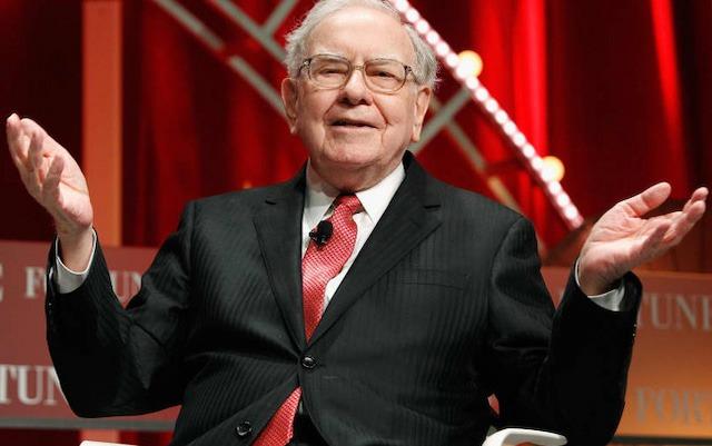 """""""Làm gì để được giàu như ông?"""" và câu trả lời của Warren Buffett"""